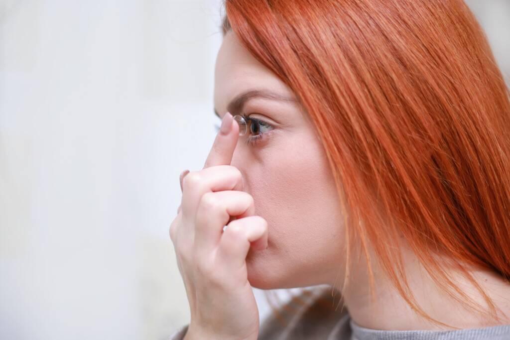 Verrutschte Kontaktlinsen